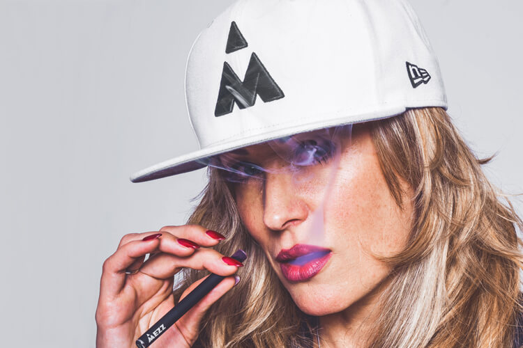 Mezz Collaborates with the Iconic Brand, New Era